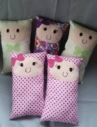 Sewing Pillows Animals Fabrics 19 Ideas For 2019 – baby pillow toy Sock Dolls, Felt Dolls, Baby Dolls, Sewing Toys, Sewing Crafts, Operation Christmas Child, Diy Handbag, Sewing Pillows, Sewing Projects For Kids