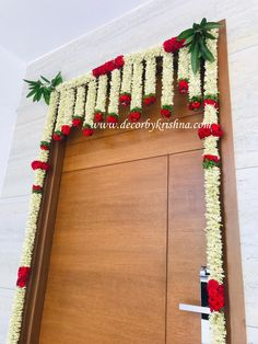 Decor by Krishna AP/ Telangana/ Karnataka/ Tamilnadu/ USA/Australia Thali Decoration Ideas, Diy Diwali Decorations, Wedding Stage Decorations, Flower Decorations, Housewarming Decorations, India Home Decor, Flower Garland Wedding, Minimalist Wedding Decor, Entrance Decor