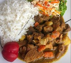 Jamaican Dishes, Jamaican Recipes, Curried Goat Recipe, Jamaican Curry Goat, Goat Recipes, Cooking Curry, Best Curry, Ginger Drink, Goat Meat