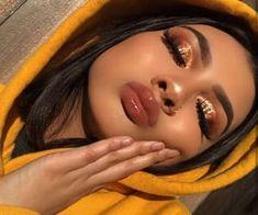 Imagen de girl, makeup, and glitter