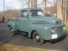 1949 Ford Pick-up Truck Grandpa green American Pickup Trucks, Old Pickup Trucks, Old Ford Trucks, Antique Trucks, Vintage Trucks, Antique Cars, Ford Classic Cars, Classic Chevy Trucks, F100 Truck
