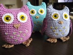 Crochet owls Crochet Owls, Slippers, Fashion, Moda, Crocheted Owls, Fashion Styles, Slipper, Fasion, Flip Flops