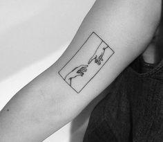 Minimal Sample With Black And White Tattoo Model From Yi Stropky .-Yi Stropky'den Siyah Beyaz Dövme Modeli ile Minimal Örnekler – Minimal Examples with Yi Stropky& Black and White Tattoo Model – the - Mini Tattoos, Body Art Tattoos, Small Tattoos, Tatoos, Easy Tattoos, Form Tattoo, Shape Tattoo, Cat Tattoo, Tattoo Muster