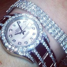 Rolex watches : the most beautiful collection in the world, with the diamond bracelet its exquisite Luxury Watches, Rolex Watches, Bling Bling, Diamond Are A Girls Best Friend, Bracelet Watch, Rolex Bracelet, Jewelery, Jewelry Watches, Jewelry Accessories