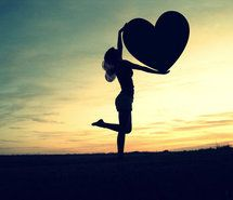 Inspiring picture big, girl, heart, love, photography. Resolution: 500x375 px. Find the picture to your taste!