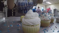 Fans pack bakery for Bills-themed pastries | wgrz.com Learning Sites, Cannoli, News Articles, Sugar Cookies, Pastries, Baked Goods, Cocoa, Sweet Tooth, Bakery