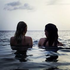 Uploaded by Andiiii_Marie. Find images and videos about girl, summer and beach on We Heart It - the app to get lost in what you love. Beach Vibes, Summer Vibes, Hawke Dragon Age, We Were Liars, By Any Means Necessary, Story Instagram, The Dark Artifices, Am Meer, Summer Photos