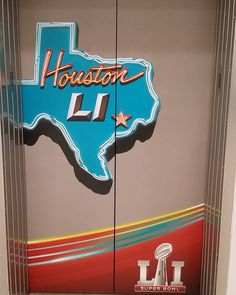 Elevator decorations for @nfl #SuperBowl #IAH #TerminalA  Which one do you like best?  #foodie #foodblogger #foodvlogger #vlogger #PTCares #superbowl51#Houston