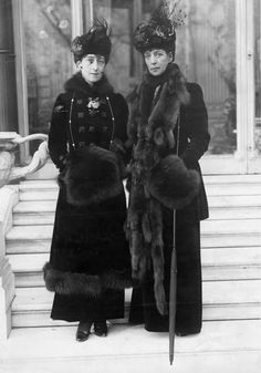 Queen Maud of Norway, with her mother, Queen Alexandra, 1910s. Queen Maud was renowned for her stylish dress. Daughter of Edward VII and Queen Alexandra, she was born a princess and became Queen of Norway in 1905. She had exemplary taste and a strong...