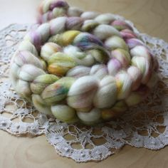 Roving / Lady Margaery / Merino Wool 22 Micron 3.85 oz