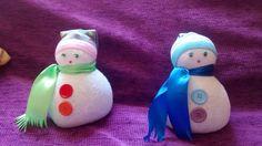 Muñecos de nieve hechos con calcetines