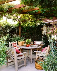 For a writer, a shaded patio is a cool summer afternoon workspace. I'd say... Oh yes, this is just perfect!