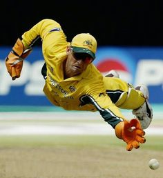 Gilly, Adam Gilchrist in action behind the stumps. Best Australian wicketkeeper / batsman ever. And a gentleman too.