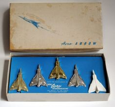 Avro Canada CF-105 Arrow Pins - Circa 1958. Fighter Aircraft, Fighter Jets, Avro Arrow, Flying Wing, Canada Eh, Commercial Aircraft, Civil Aviation, Land Rovers, Vintage Models
