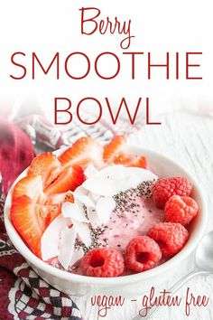Great Images Berry Smoothie Bowl (vegan gluten free keto) - This healthy smoothi. Great Images Berry Smoothie Bowl (vegan gluten free keto) – This healthy smoothie bowl is mad… Smoothie Bowl Vegan, Best Smoothie, Vegan Smoothies, Smoothie Diet, Smoothie Recipes, Breakfast Smoothies, Avocado Smoothie, Low Carb Vegan Breakfast, Vegan Breakfast Recipes