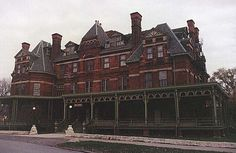 Pullman Historical District portraits | Chicago : Pullman Historic District with photo! via Planet99 Guide to ...