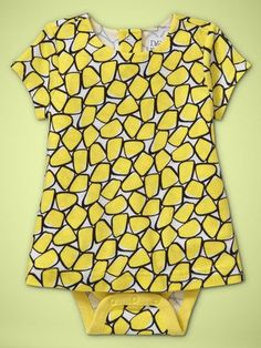 OMG, someone let me have their baby so I can dress her in this!! It's a freaking DVF onesie!