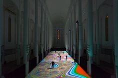 Magic Carpet est une installation élaborée par l'artiste français Miguel Chevalier, invité par L'Institut français du Maroc, pour transformer la nef du Sacré Coeur à Casablanca, en un spectacle envoûtant de son et de lumière.  Inspiré par l'art islamique, Il utilise la technologie numérique pour projeter une variété de modèles et de mosaïques multicolores sur le sol. Accompagné par la musique de Michel Redolfi, le spectateur se trouve plongé dans une atmosphère psychédélique.