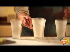 BATIDO DE PIÑA Y COCO Pint Glass, Glass Of Milk, Coco, Smoothies, Beer, Tableware, Smoothie, Hacks, Cooking Recipes
