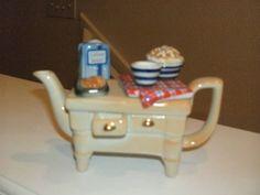 PAUL CARDEW BEIGE/ LGT BROWN CABINET HUTCH TEAPOT LTD ENGLAND RETIRED #CARDEW… Brown Cabinets, Kitchen Supplies, Teapots, Art Deco, England, Free Shipping, Tableware, Ebay, Furniture