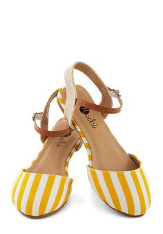 Cape Hatteras Flat in Sun - Flat, Woven, Yellow, White, Tan / Cream, Stripes, Daytime Party, Beach/Resort, Spring, Good, Variation