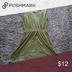 Olive Green Dress Good condition. Size S. Forever 21 Dresses Midi