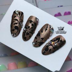 Accent Nail Designs, Gel Nail Art Designs, Fall Nail Designs, Fabulous Nails, Gorgeous Nails, Pretty Nails, Nail Art Arabesque, Nail Polish Art, Luxury Nails