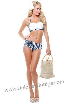 Glorious swimsuit...