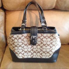 """Beautiful purse This coach look a like is in perfect condition. No wear or stains. Very roomy, 13w X 10L 9"""" handle drop. Bags Shoulder Bags"""