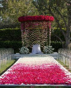Top 10 Luxury Wedding Venues to Hold a 5 Star Wedding - Love It All Desi Wedding Decor, Wedding Mandap, Outdoor Wedding Decorations, Backdrop Decorations, Wedding Aisles, Wedding Backdrops, Wedding Ceremonies, Ceremony Backdrop, Ceremony Decorations