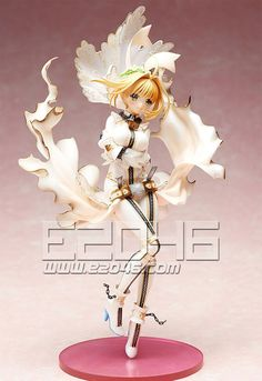 From the popular game 'Fate/EXTRA CCC' comes a scale figure of Saber Bride. The Statue stands approx. 24 cm tall and comes with accessories and base i Anime Dvd, Manga Anime, Anime Toys, Elizabeth Bathory, Thing 1, Anime Figurines, Mode Shop, Light Novel, Yamaguchi