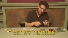 Seth Rogen teaches you how to roll a Cross Joint - weed Best board to pin it to haha #DIY!