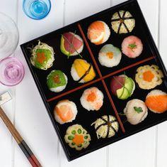 """手まり寿司 Temari Sushi is a casual sushi that we can make at home. You don't need sushi chef's skill to make. Temari stands for """"hand ball"""" in Japanese."""