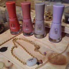 Mi collar #GingerandVelvet inspirado n los colores d la nueva colec. #SoGlossy @bourjois_spain http://instagram.com/p/nI_a3fDNEk/ pic.twitter.com/lQQEqxfnYA @Vanessa Samurio Martínez :))