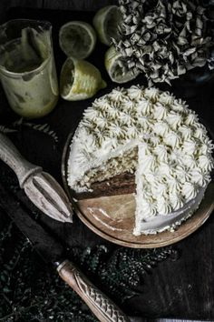 today Im excited to be sharing this lemon lovers dream cake recipe which is from linda lomlino...