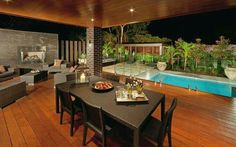 Woode deck, Outside dinning and small pool.