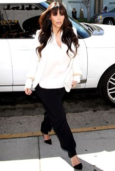 Kim Kardashians goes shopping in Beverly Hills on March 13, 2013.