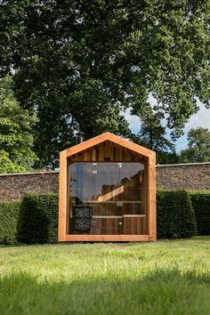 Sauna House, Sauna Room, Mini Sauna, Modern Saunas, Lake Landscaping, Ski Lodge Decor, Garden Cabins, Sauna Design, Outdoor Sauna