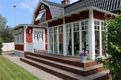 New England Hus, Homestead Property, Gambrel Roof, House Extensions, Home Fashion, Country Style, My Dream Home, Interior And Exterior, Pergola