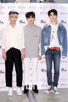 NCT - Winwin Taeyong Jaehyun
