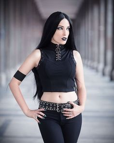 Great goth genre gticas sexis en 2019 Gothic Gothic beauty y Gothic Girls, Hot Goth Girls, Emo Girls, Gothic Steampunk, Moda Steampunk, Dark Beauty, Goth Beauty, Punk Fashion, Gothic Fashion