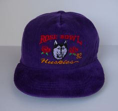 outlet store d6f92 62fd5 Vintage 1992 Washington Huskies  Rose Bowl  Corduroy Snapback (pre-owned)