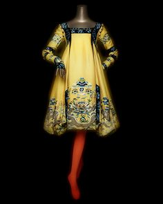 House of Dior (French, founded John Galliano (British, born Gibraltar, Dress, autumn/winter haute couture. Yellow silk jacquard embroidered with polychrome silk and gold metallic yarn. Courtesy of Christian Dior Couture John Galliano, Galliano Dior, Vintage Dior, Vintage Couture, Vintage Dresses, Vintage Outfits, 1950s Dresses, Vintage Clothing, Retro Fashion