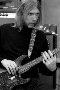 duane allman - Google Search -- check out the image of the scorpion on the pickguard