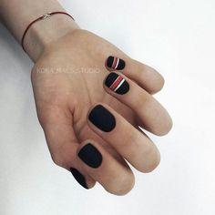 32 Gorgeous Looks for Matte Short Nails; matte nails for fall;easy designs for short nails. Minimalist Nails, Print No Instagram, Nailart, Trendy Nail Art, Manicure E Pedicure, Super Nails, Diy Nails, Matte Nails, Matte Makeup