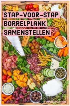 De perfecte Borrelplank samenstellen - FunkyFood by Niki Altijd al . Tapas, Snacks Für Party, New Shape, Charcuterie Board, High Tea, Fresh Rolls, Superfood, Cobb Salad, Brunch