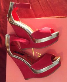 Womens Doll House Pink and Gold Platform Wedge Sandals SZ 7 Sipper Ups Summer  #Dollhouse #PlatformsWedges #Clubwear