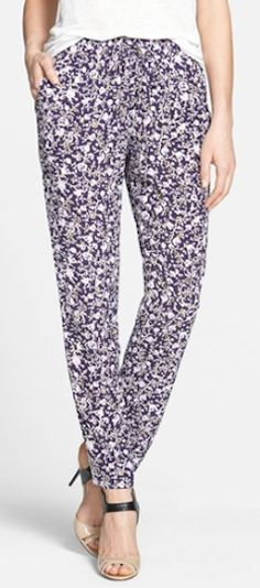 floral pants  http://rstyle.me/n/npqp2pdpe