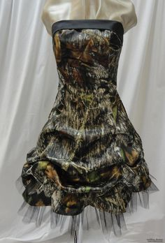 camo wedding dresses | CAMOUFLAGE BRIDESMAID DRESS | Bridesmaid Dresses Pinning this for Lacey! Lol