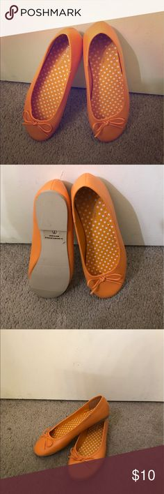 Orange flats Rare orange flats. New! Very comfortable. Please feel free to ask any questions! Shoes Flats & Loafers